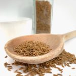 डायबिटीज (Diabetes) में मीठा खाने की इच्छा हो तो भुनी हुई सौंफ (Fennel seeds) चबाएं