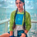 CBSE Class 12 Board Exams: अशनूर कौर (Ashnoor Kaur) instagram celebrity पटियाला बेब्स फेम ने शेयर किया फनी वीडियो, कहा 'अब तो अनाउंस कर दो'